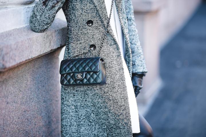 Style Plaza Monochrome Look18