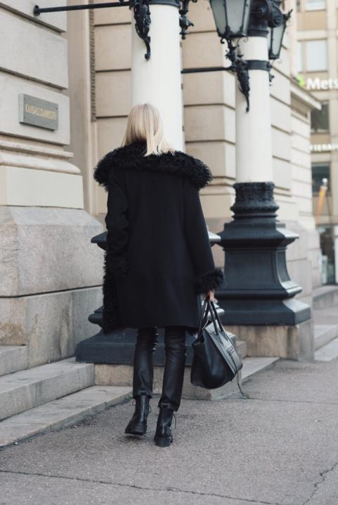 Style Plaza Lamb Fur Coat 8
