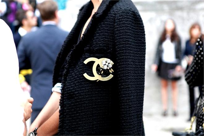 Chanel Brroch