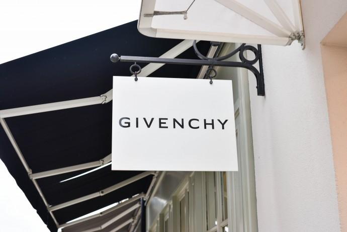 Givenchy La Vallée Village