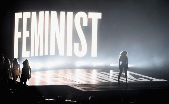 Beyonce Feminist Vmas E1426691628108