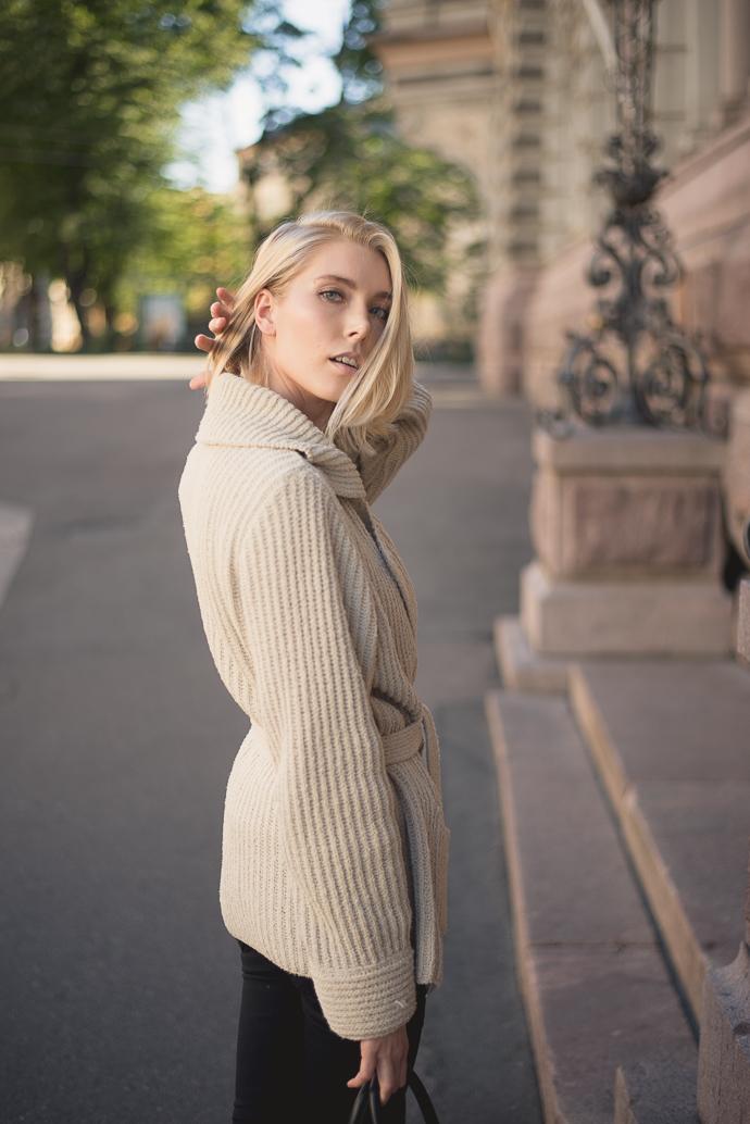 anna-sofia-style-plaza-wool-cardigan-3