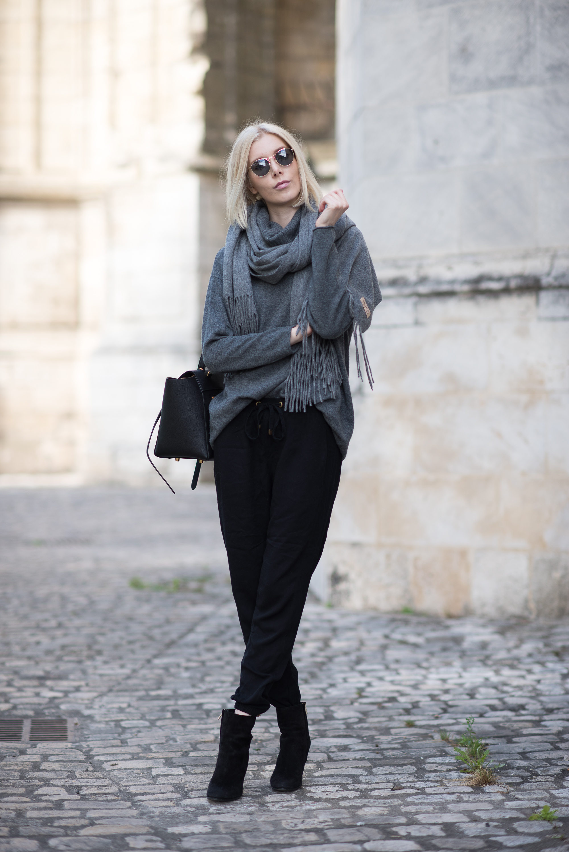balmuir-highland-grey-cashmere-scarf