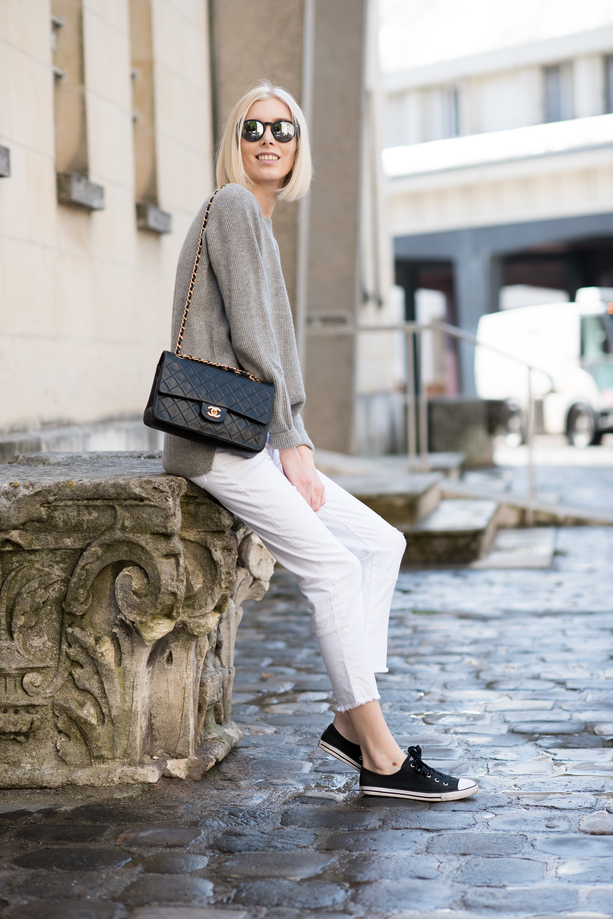 cashmere-knit-and-white-jeans-8
