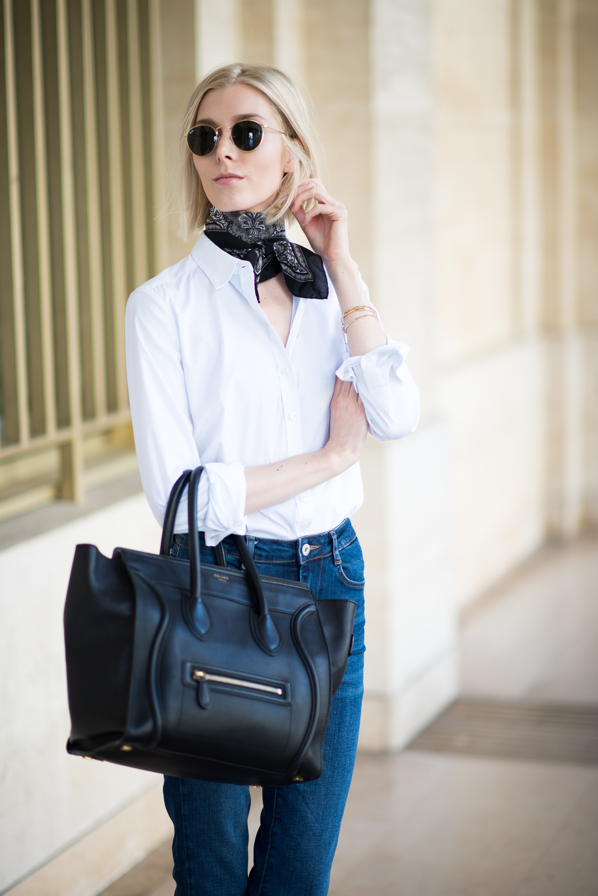 how-to-wear-a-white-shirt-in-different-ways-17