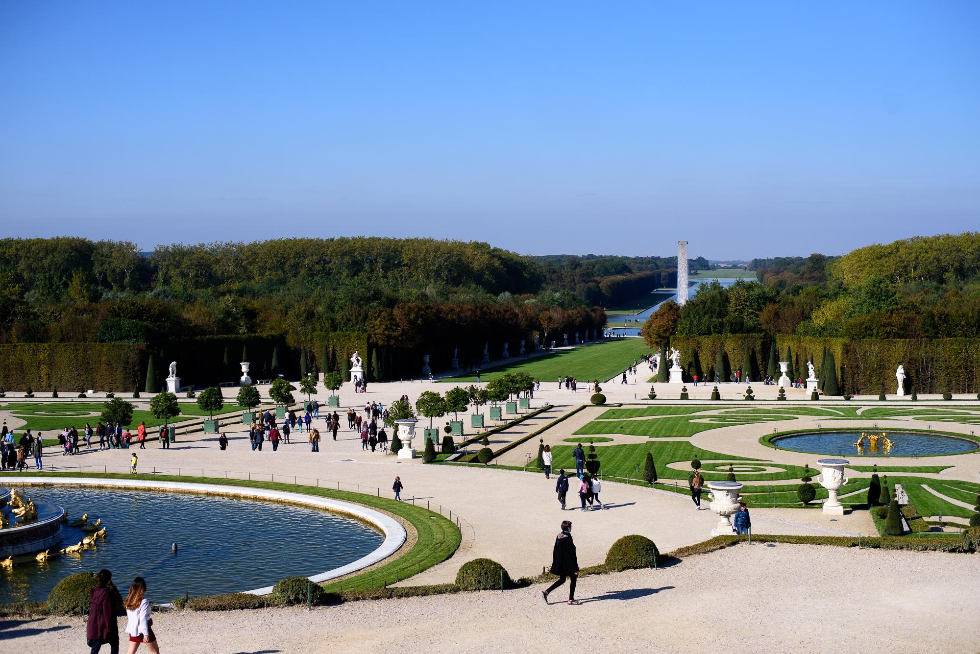 palace-of-versailles-garden-3