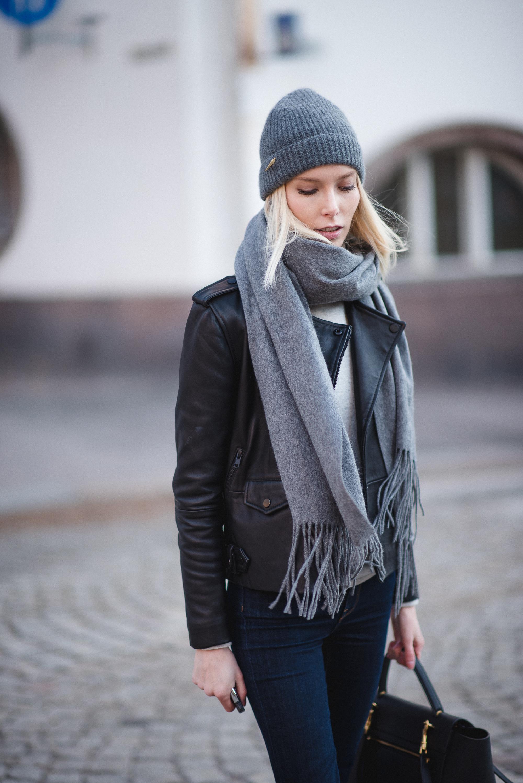 leather-jacket-style-plaza-6