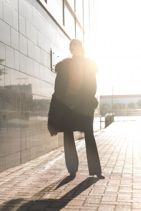 Anna Sofia Style Plaza Fur Coat Black Wall Street Style 8