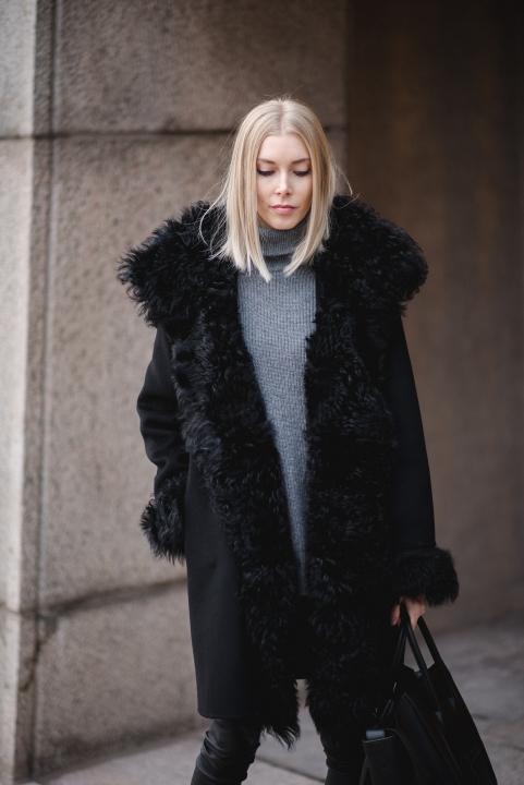 Style Plaza Lamb Fur Coat Andiata 5
