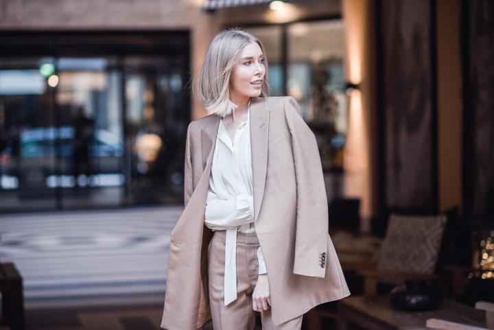 Style Plaza Suistudio Camel Suit 9