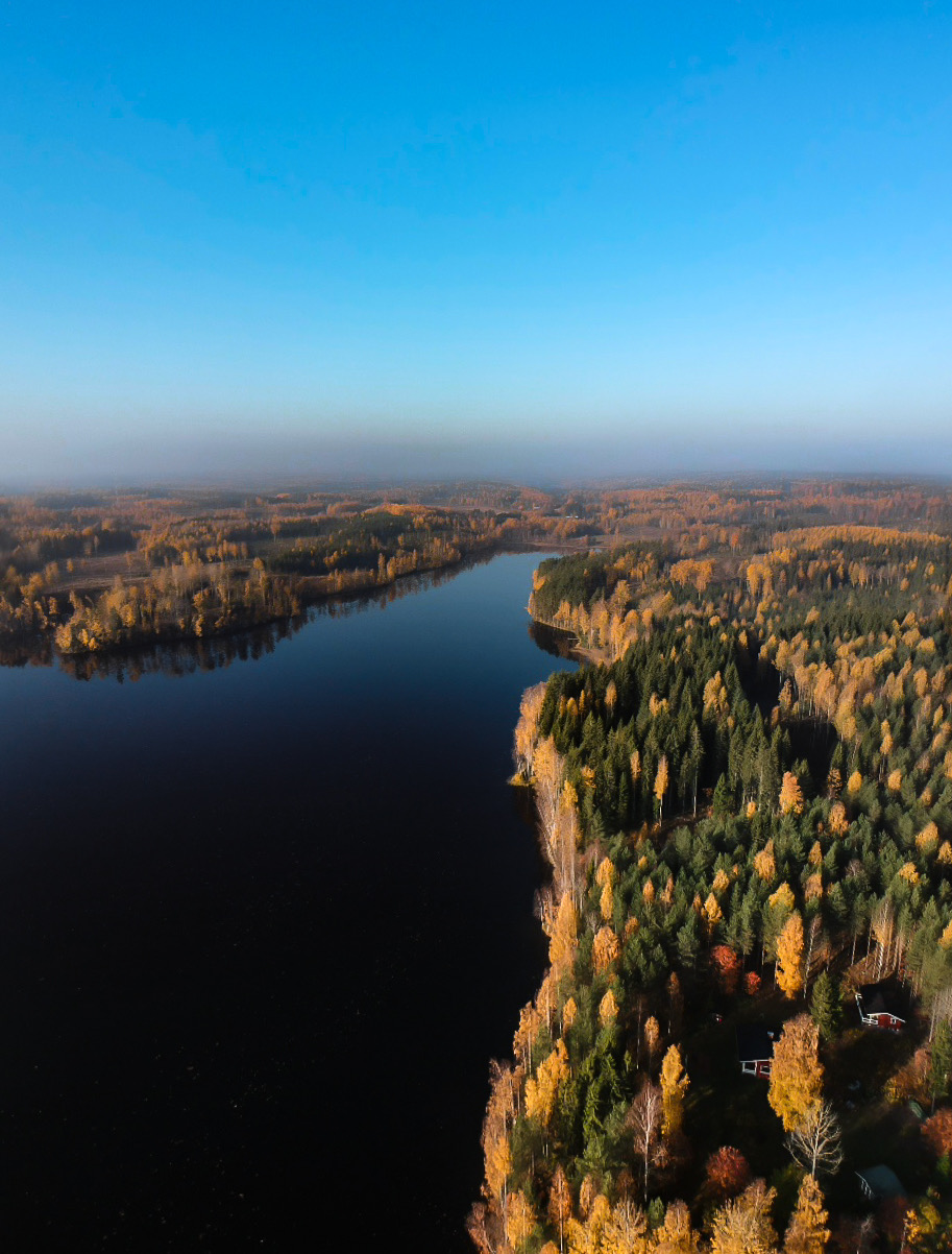 Drone Lake Thomas Drouault 6