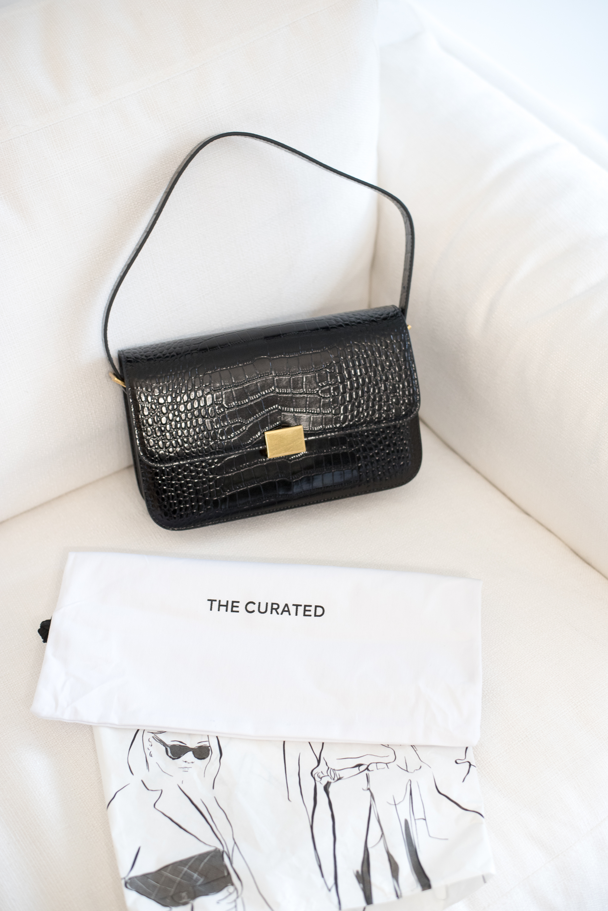 The Curated Classic Shoulder Bag Crocodile17 1